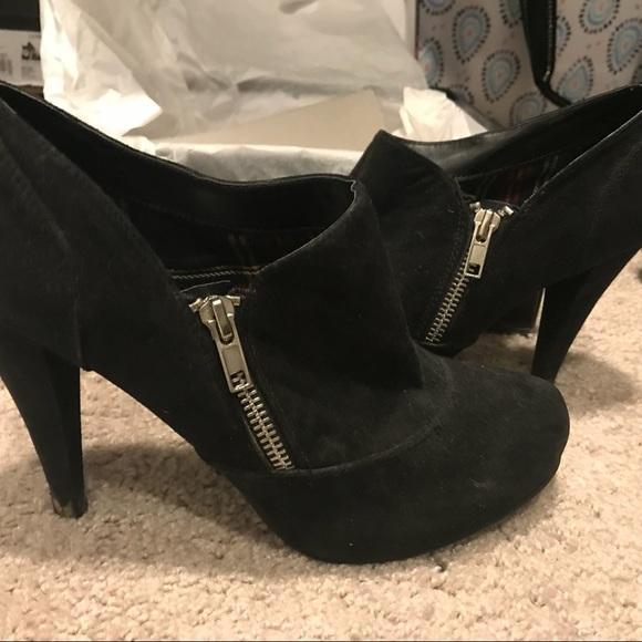 Fergalicious Shoes | Fergie Black